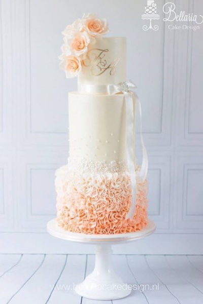 10 Enchanting Summer Wedding Cakes