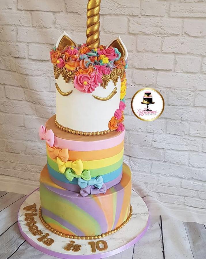 Rainbow & Marble Unicorn Cake