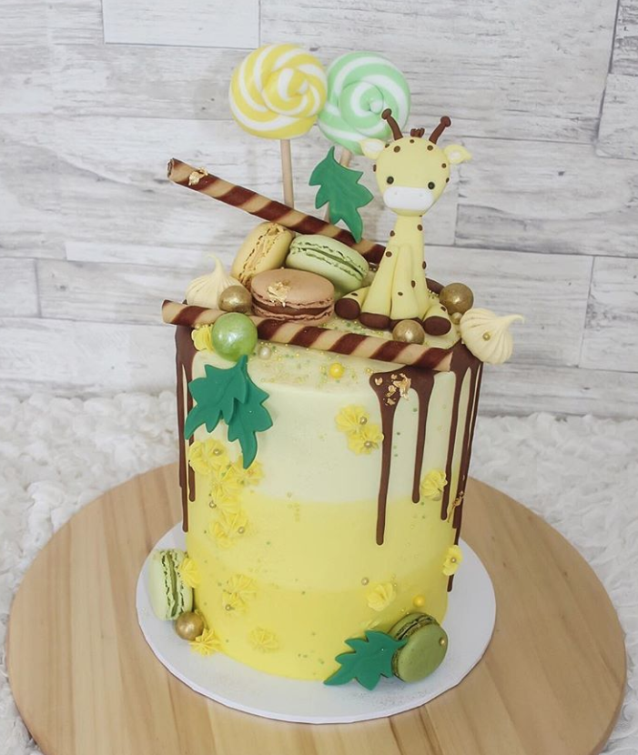 Giraffe First Birthday Drip Cake