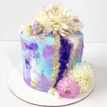 10 Mesmerizing Geode Cakes
