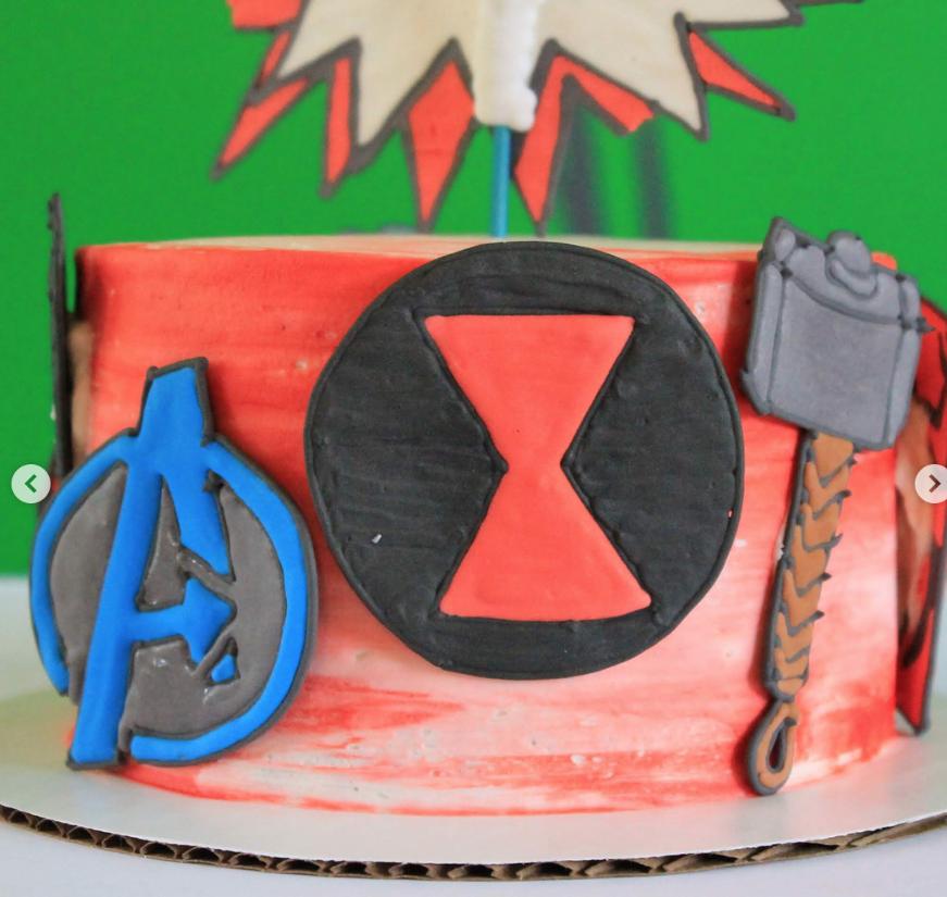 Avengers Cake 2