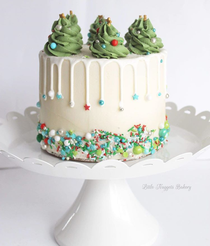 Sprinklin Christmas Cake
