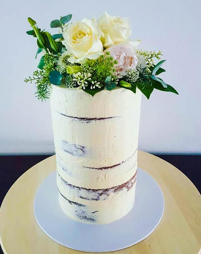 Rustic Semi-Naked Barrell Cake