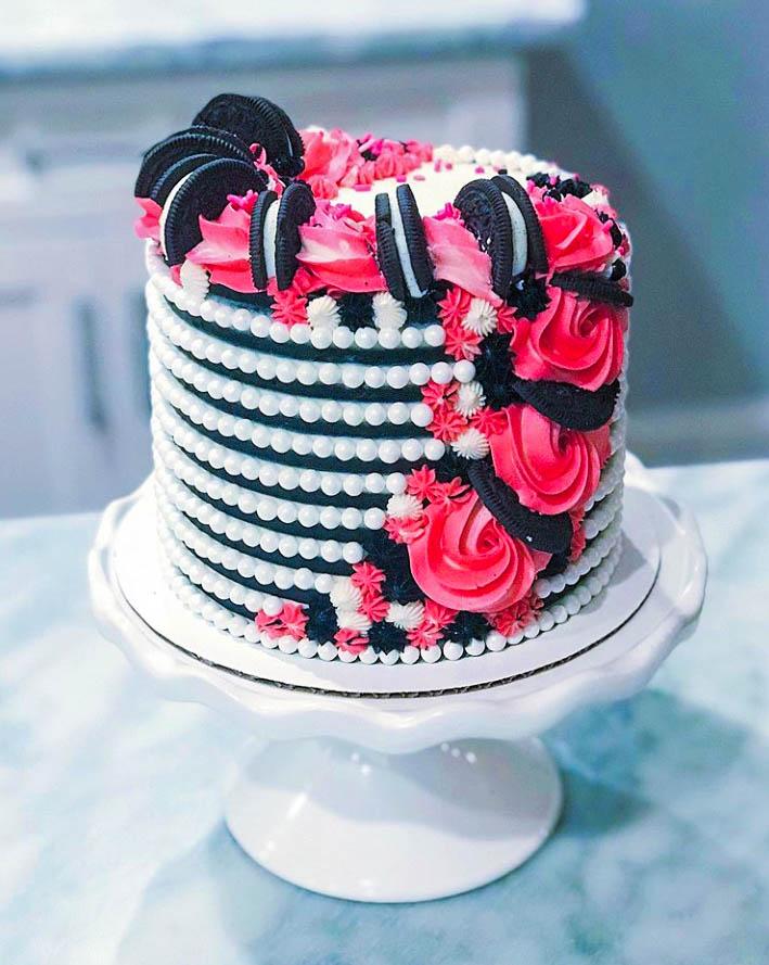 Girly Oreo Cake