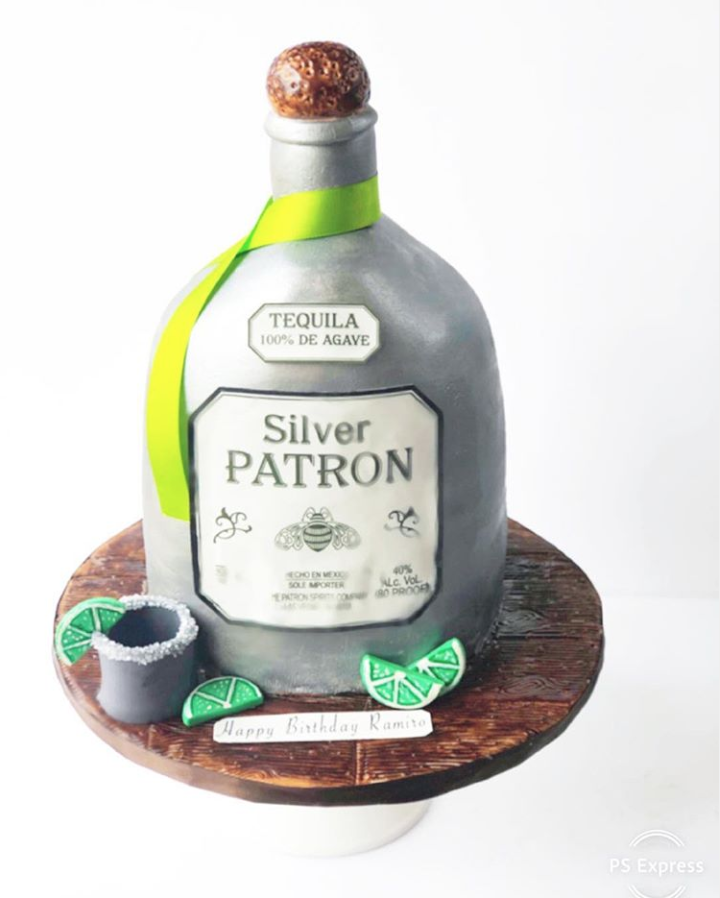 Birthday Patron Cake by @joscakes_ | www.findyourcakeinspiration.com