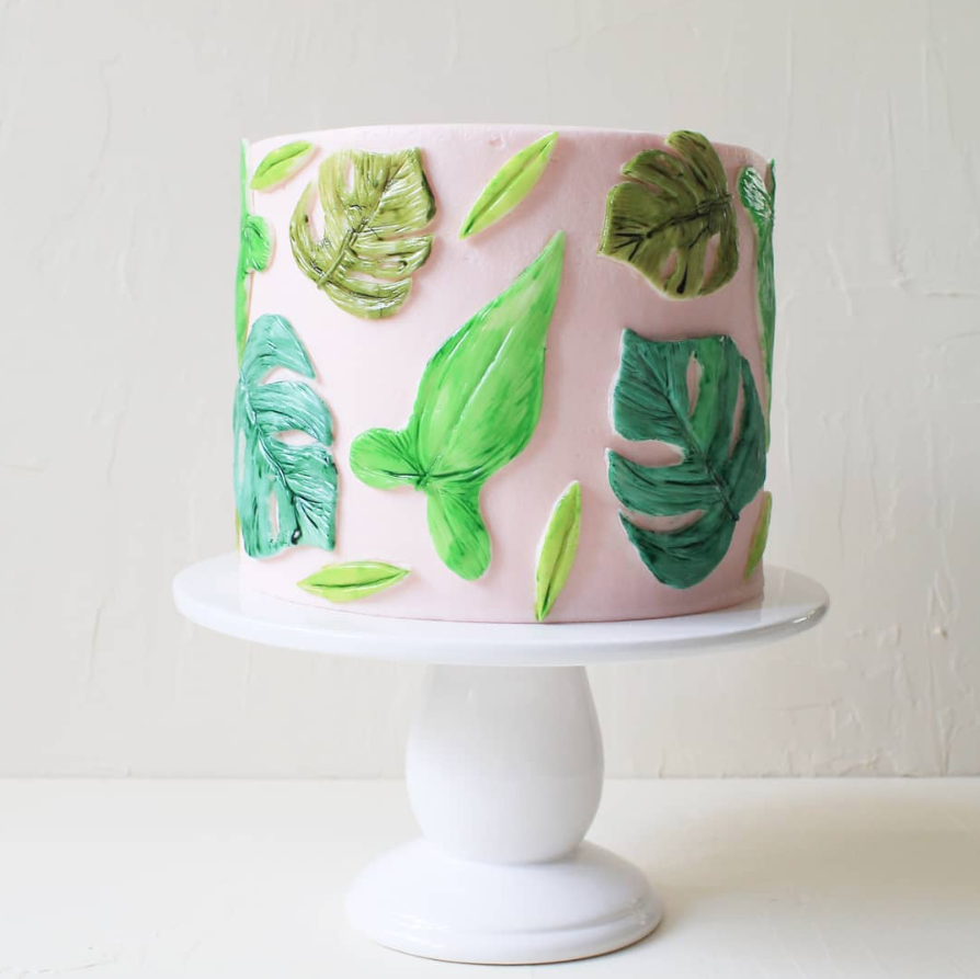 Summer Leaves Cake | www.findyourcakeinspiration.com