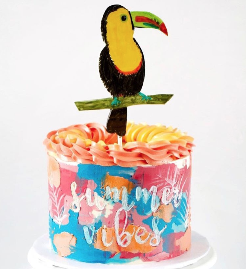 Toucan Cake | www.findyourcakeinspiration.com
