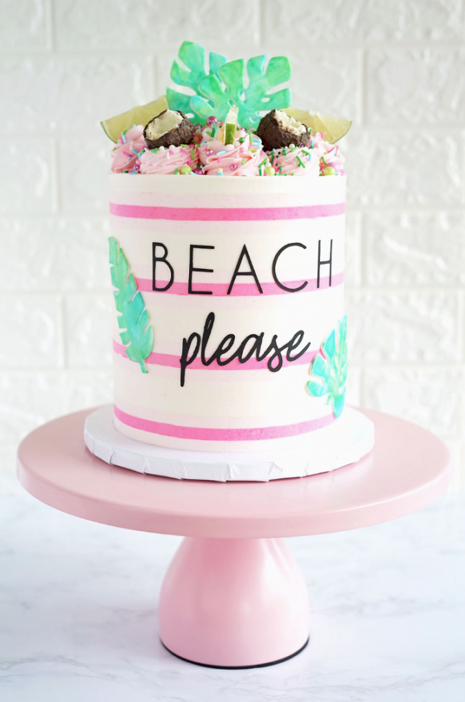 Gorgeous Tropical Cake | www.findyourcakeinspiration.com