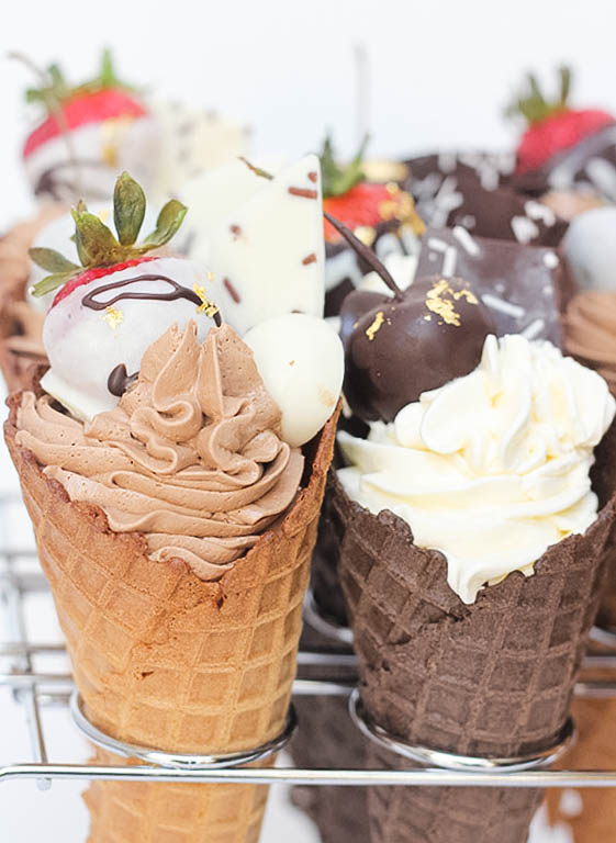 White & Chocolate Cake Cones