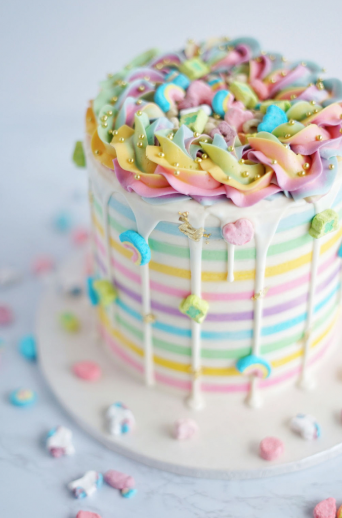 Lucky Charms | www.findyourcakeinspiration.com