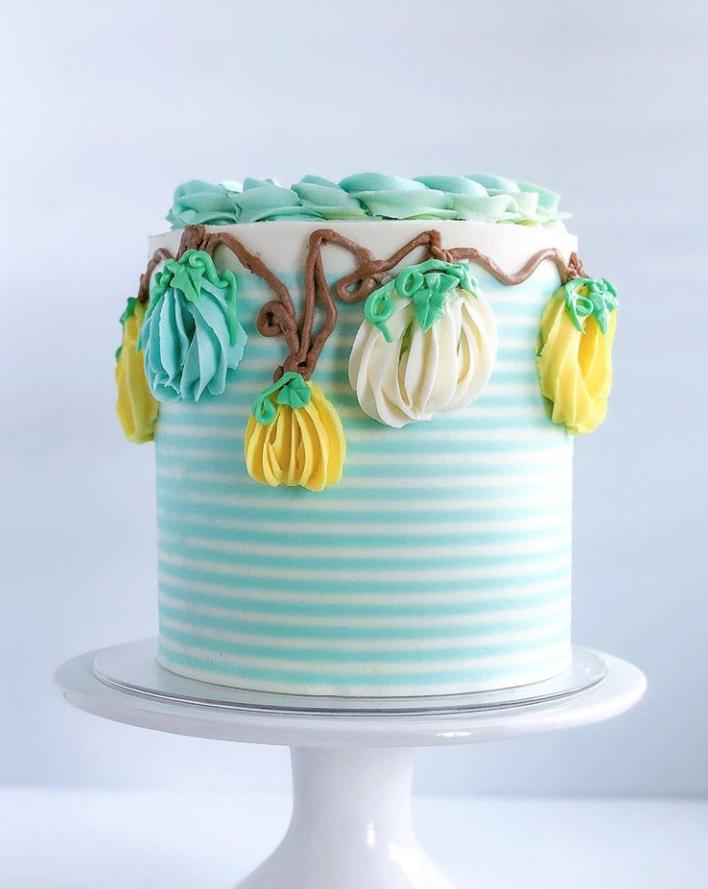 Vine Pumpkin Cake