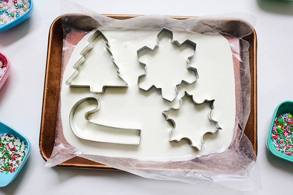 Melted White Chocolate with Cookie Cutter