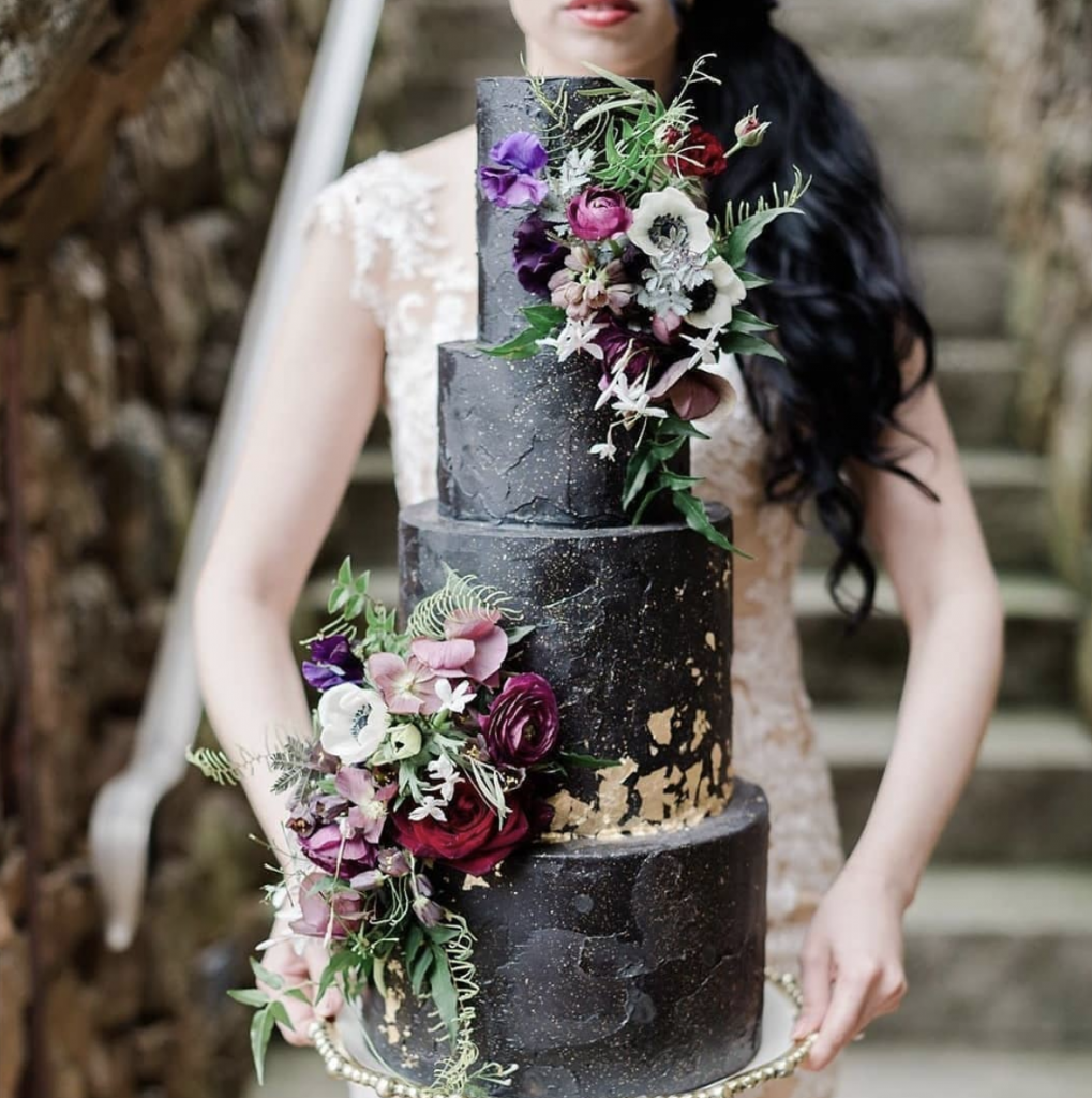 Floral & Textured Wedding Cake