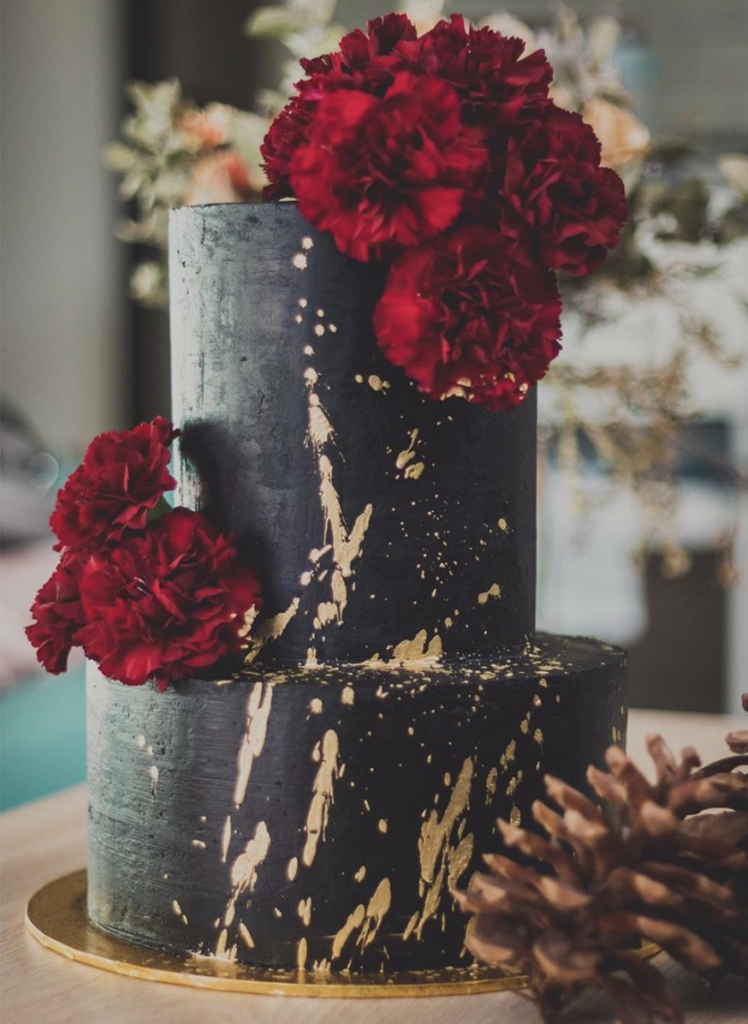 Gold Splash Wedding Cake