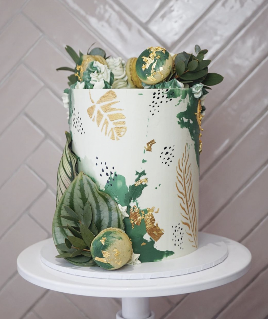 Gorgeous Jungle Birthday Cake
