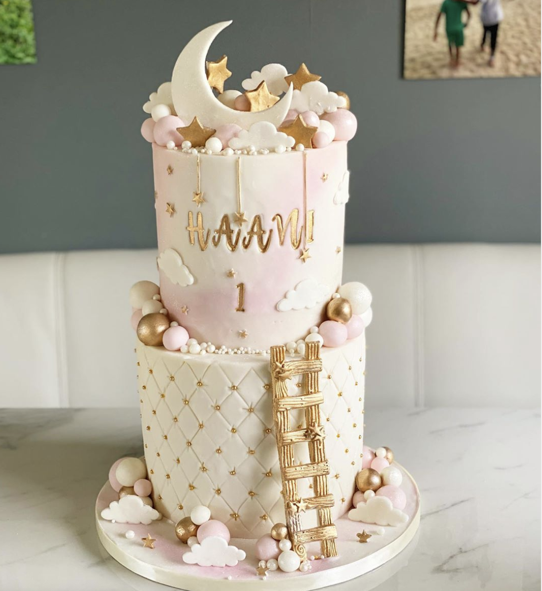 15 Adorable First Birthday Cake Ideas That You Will Love Find Your Cake Inspiration