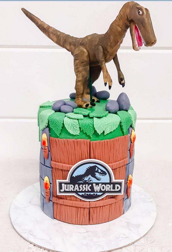 Jurassic Park Cakes