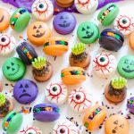 How to Make Halloween Macarons