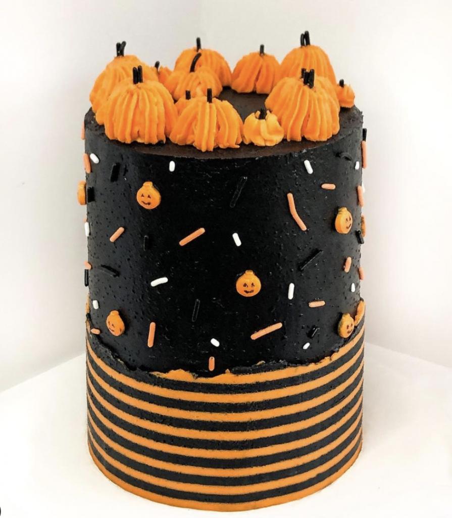 Striped Pumpkin Cake