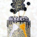10 Festive New Year's Cake Ideas