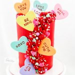 15 Lovely Valentine's Day Cakes