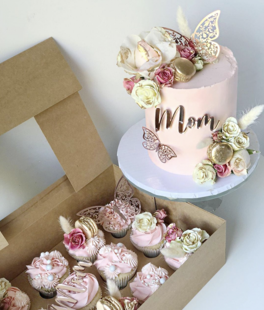 Mother's Day Cake & Cupcake Combo